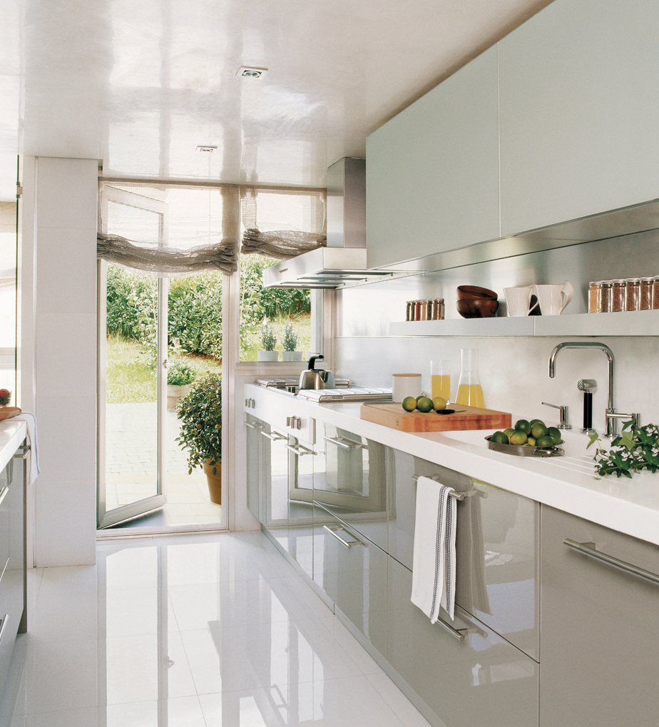 Cocina 6 muebles jc for Muebles de cocina con cortinas